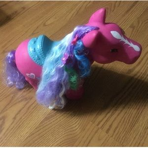 Salon pony-with hair extensions and bows